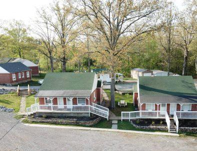 Early American Motel Stay Kentucky Lake